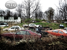 Abandoned Junk Yard w/ Antique Cars